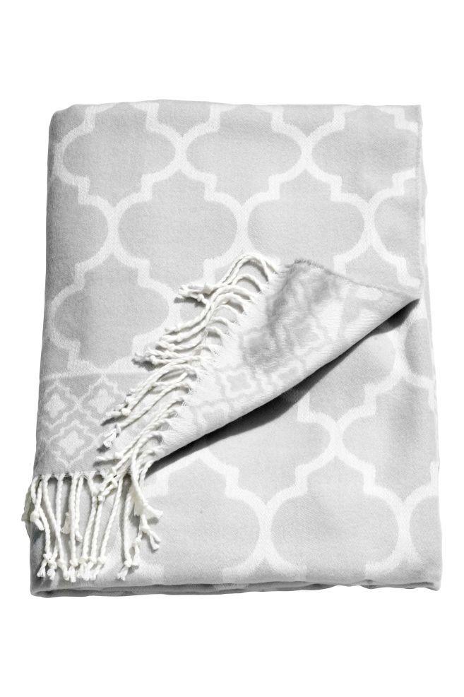 Plaid en tissu jacquard - Gris clair - Home All | H&M FR 1