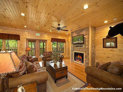 "inside ""Mountain Getaway,"" a 7-BR Gatlinburg rental cabin that sleeps 28 comfortably"