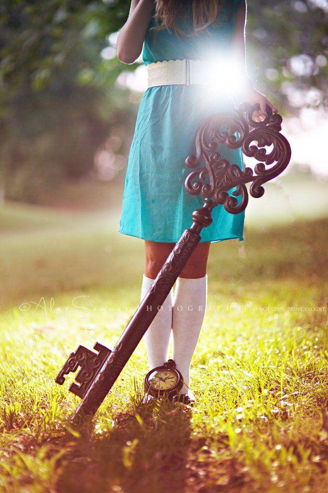 Alice in Wonderland / karen cox.  Alex Summer Photography Alice In Wonderland Inspired