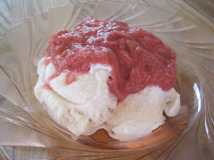 how to cook stewed rhubarb