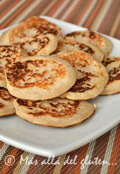 Más allá del gluten...: Panqueques Veganos con Harina de Coco (Receta GFCFSF, Vegana)