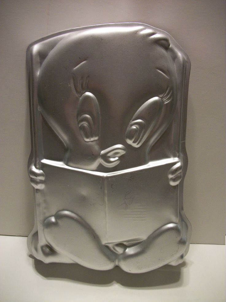 Vintage Looney Tunes Tweety Wilton Collectible Cake Pan- 1979 by Warner Brothers by TimsTimelessToys on Etsy