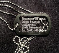 Dogtags Erkennungsmarken Anhänger mit Kette. Ihr Wunschtext lasergraviert! http://www.sterntaufe-express.de/epages/63413771.sf/de_DE/?ObjectPath=/Shops/63413771/Categories/%22Pers%C3%B6nliche%20Geschenke%20Lasergravuren%22/Dog_Tags_Erkennungsmarken