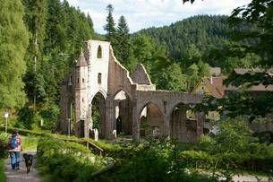 Klosterruine Allerheiligen und die Allerheiligen Wasserfälle in Oppenau im Schwarzwald