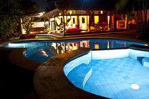 Blue Villa...Bali, the thrue one.