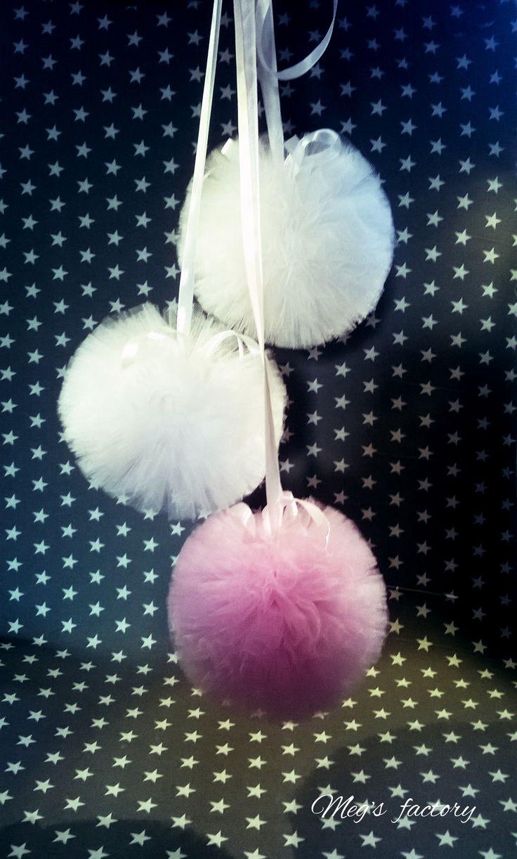 girlanda tiulowa, pompony białe z różową
