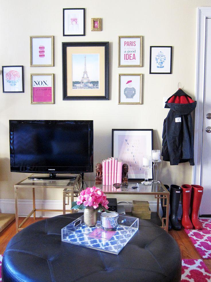 Best 25 college girl apartment ideas on pinterest girl apartment decor college apartment for Apartment living room office ideas
