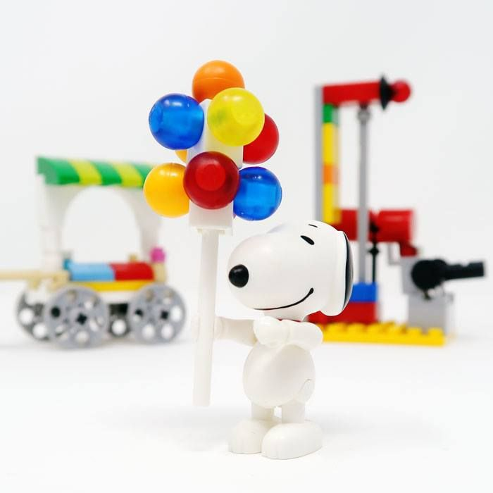 Create the worlds of Snoopy and the Peanuts Gang with BanBao building bricks. Watch our sneak preview video of the newest Peanuts toys at CollectPeanuts.com.
