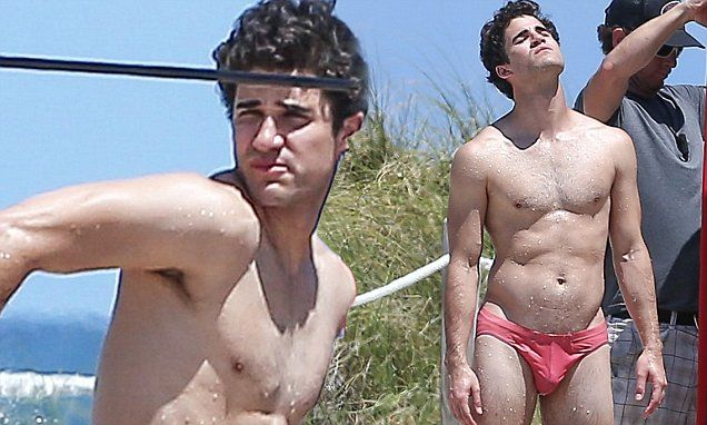 Darren Criss leaves little to the imagination in red Speedo