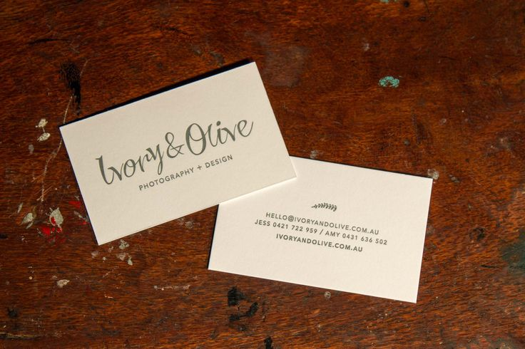 These business cards for Ivory & Olive harmoniously combine colour with concept. We bet your business card holder would love to have one these peaking out!