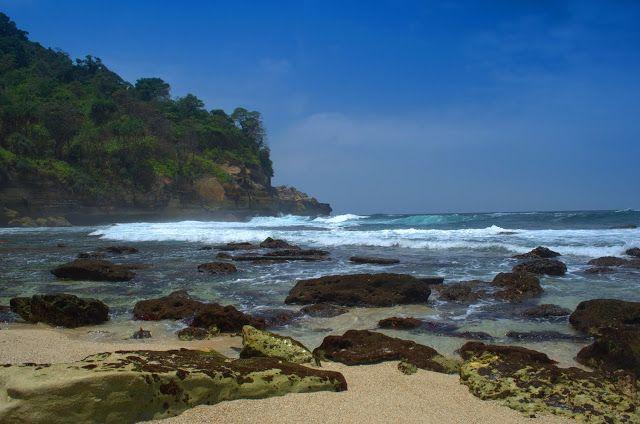 Pantai Patok Gebang, Tanggung Gunung, Tulungagung - Pesona Tulungagung