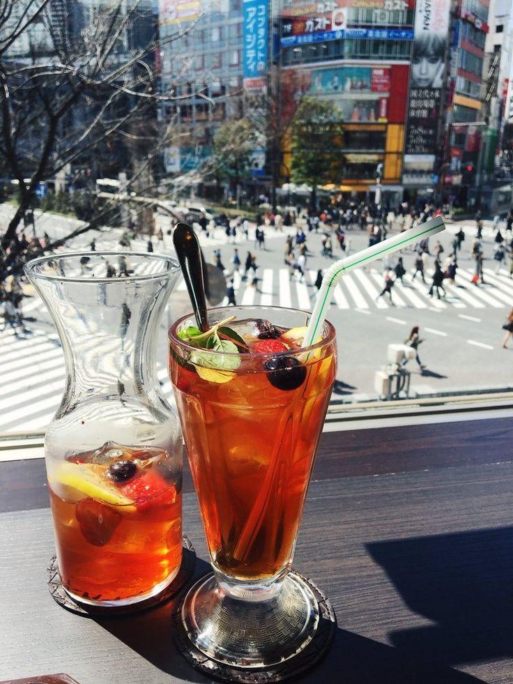 Iced Fruit Tea from Hoshino Coffee   Shibuya Crossing in Tokyo, Japan