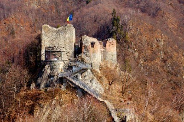 Poienari Castle, the fortress at 1900 meters, built by the barons who killed Vlad's father