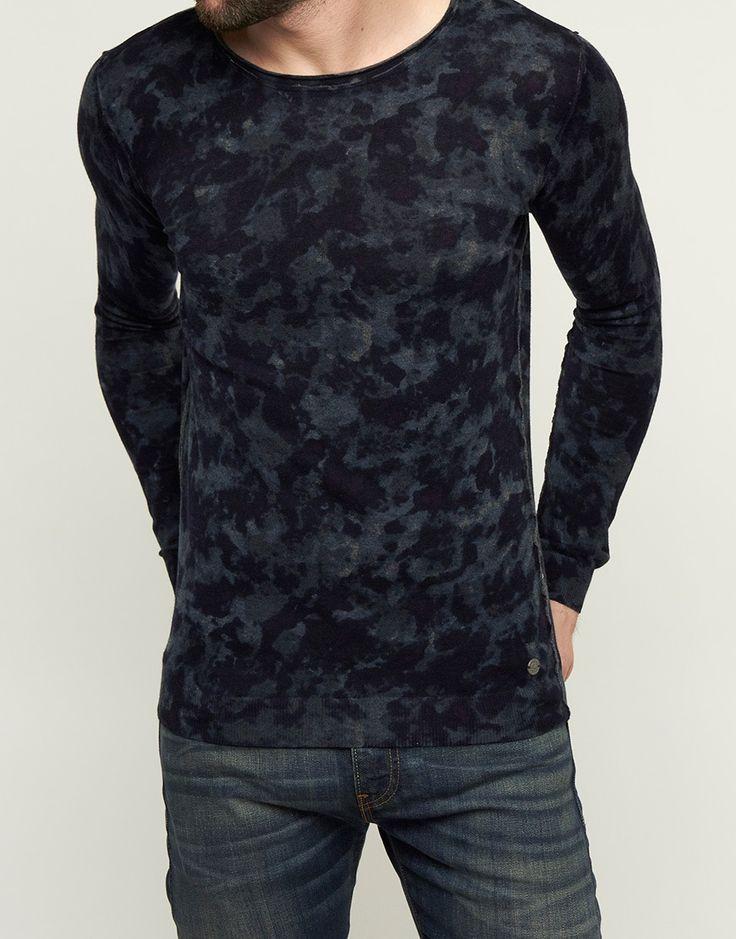 Koop Trui - Crew Sweater Dark Navy Online op shop.brothersjeans.nl voor slechts € 89,95. Vind 24 andere DSTREZZED producten op shop.brothersjeans.nl.