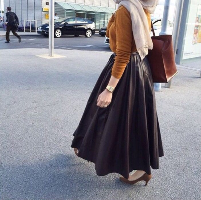 Volume skirt and mustard top - check out: Esma <3