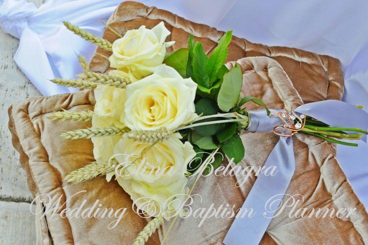 #wedding#weddingplaner#weddingflower#weddingdecoration#roses#flower#comfits#koufeta#guestbook#vivlio_euxwn#louloudia#gamos#anthostolismos#weddingbouquet#bridalbouquet#bridal_bouquet#elinabelagra