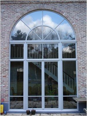 Groot raam. Ook mooi in het kleiner?