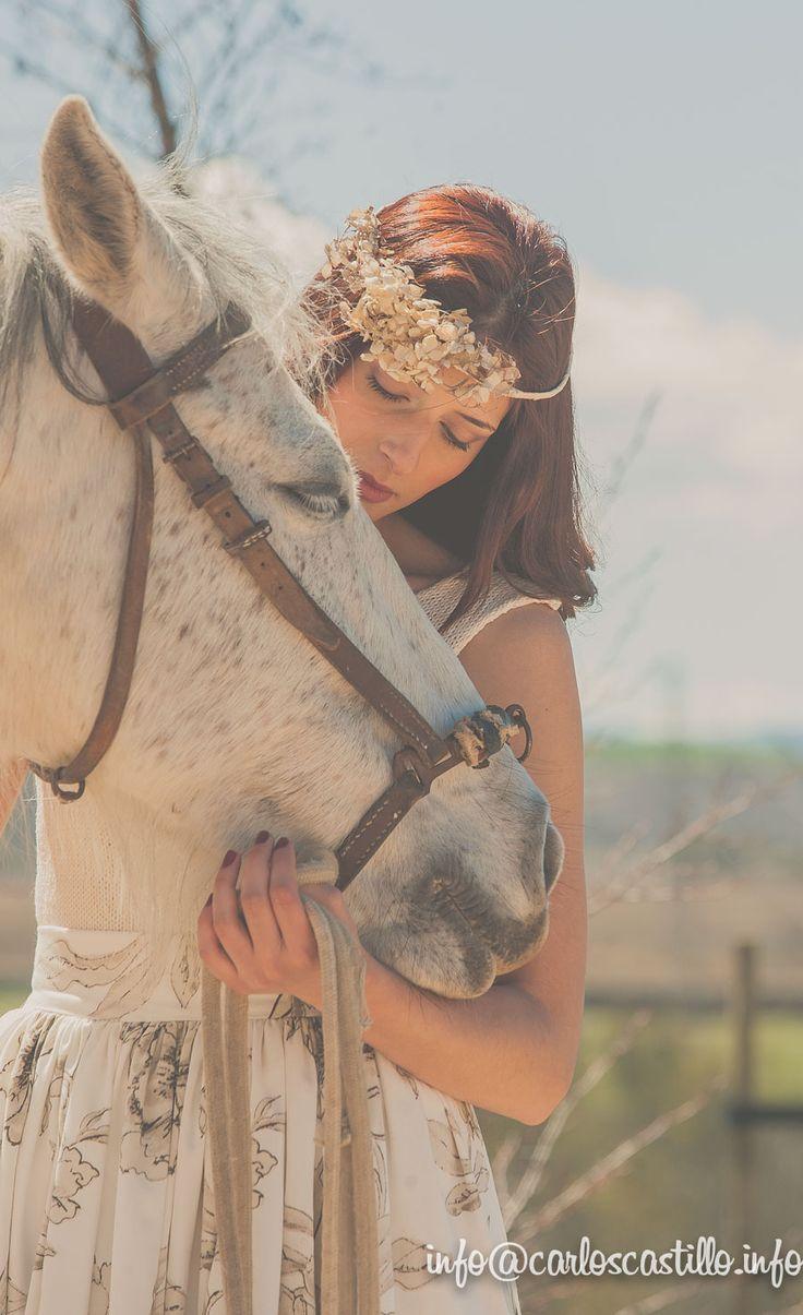 Lara #portrait #horse #bridal