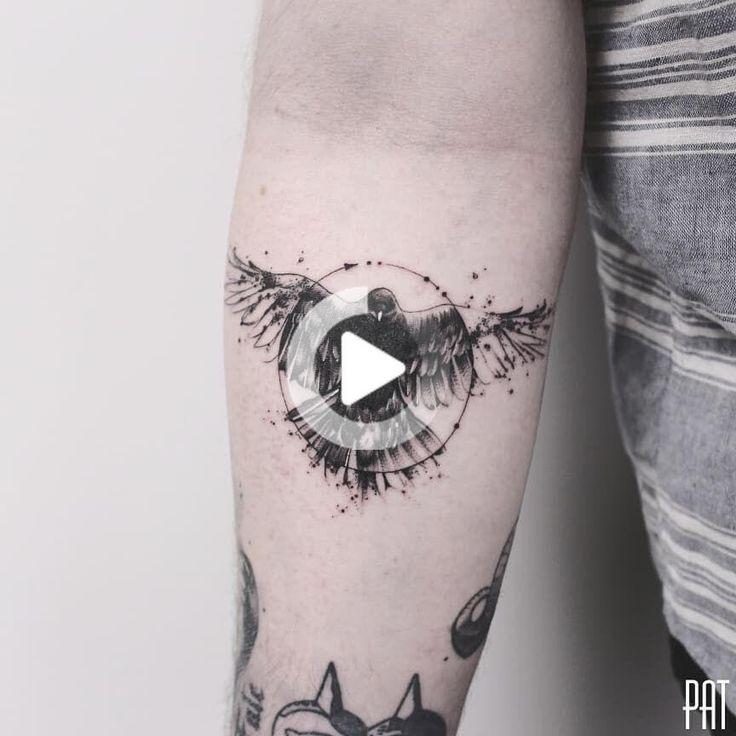 23 Mystique and Seductive Raven Tattoo Designs in 2020