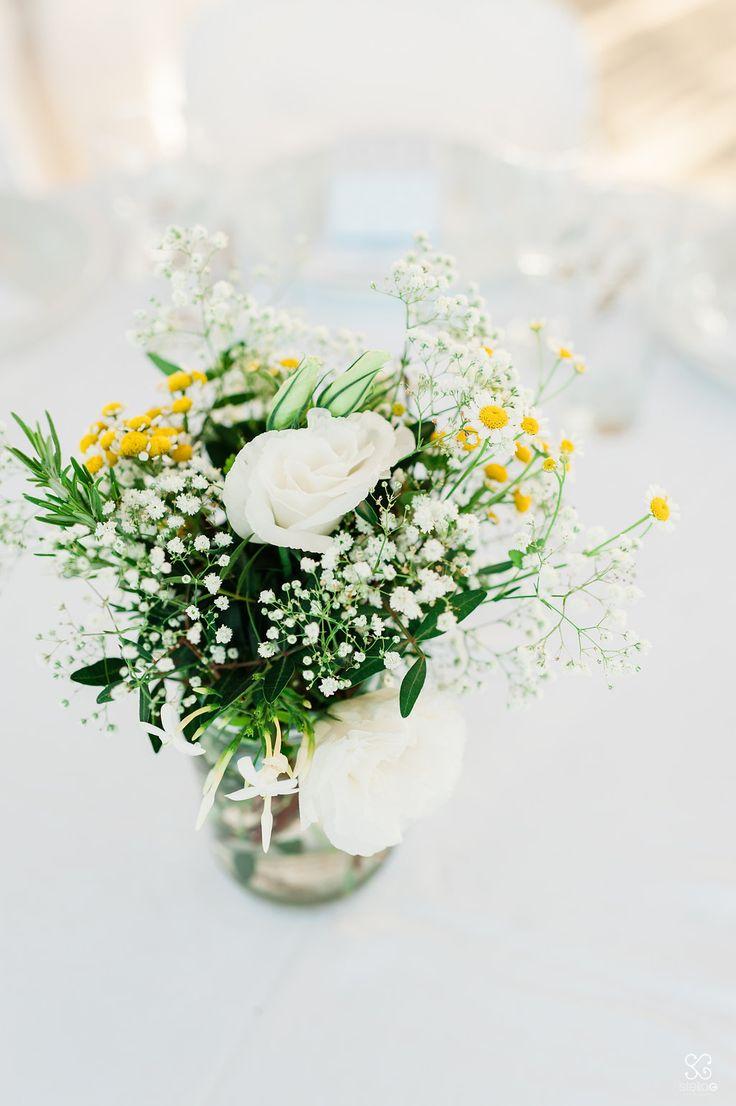 Flowers!  #flowers #decoration #yellow #green #weddingplanner #dreamsinstyle #greekislands