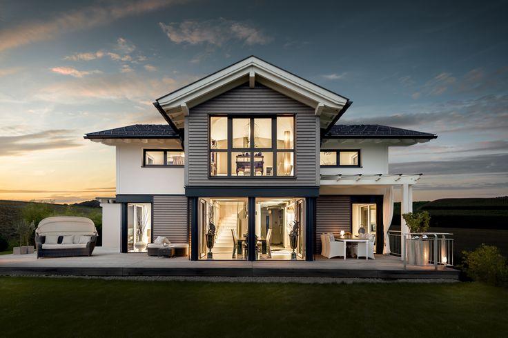 Auch bei nacht ist das moderne classic fertighaus ein for Raumgestaltung pinterest