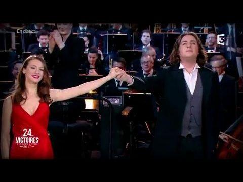 Catherine Trottman et Florian Sempey - Le Barbier de Séville - Victoires de la Musique Classique - YouTube