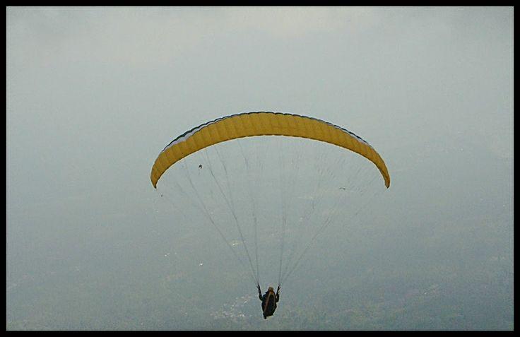 Rofinus Monteiro: Paralayang pertama di Gunung Seminung