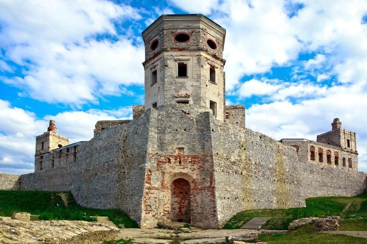 """Once the largest castle in all of Europe, Krzyżtopór was built between 1631 and 1644. The design is said to be based on numbers found in the calendar. As Poland's official travel site explains, """"The castle had as many windows as there are days in a year, as many chambers as there are weeks, as many rooms as there are months and as many towers as there are seasons of the year."""""""