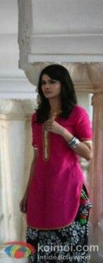 Prachi Desai.. beautiful suits in Bol Bachchan