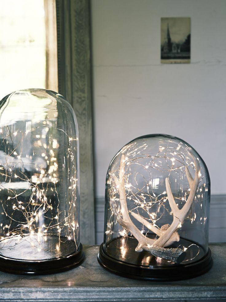 Urnas de cristal de varios tamaños.