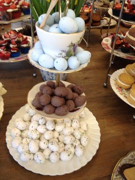 Blog post 'ooooh chocolat!' by Hotly Spiced... read more here http://hotlyspiced.com/2012/04/04/oooh-chocolat/#