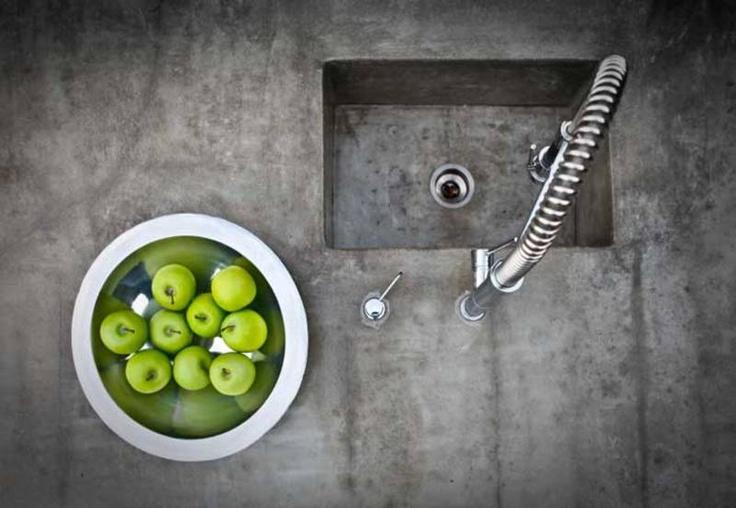 Custom Concrete Kitchen Benchtops, Vanity Tops, Basins and Sinks.