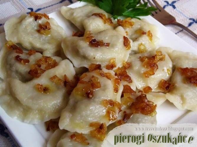 Pierogi oszukańce - kuchnia podkarpacka Pierogi oszukańce na weekendowy obiad wybrałam z dwóch powodów. Po pierwsze zaintrygowała mnie ich nazwa, a po drugie przep...