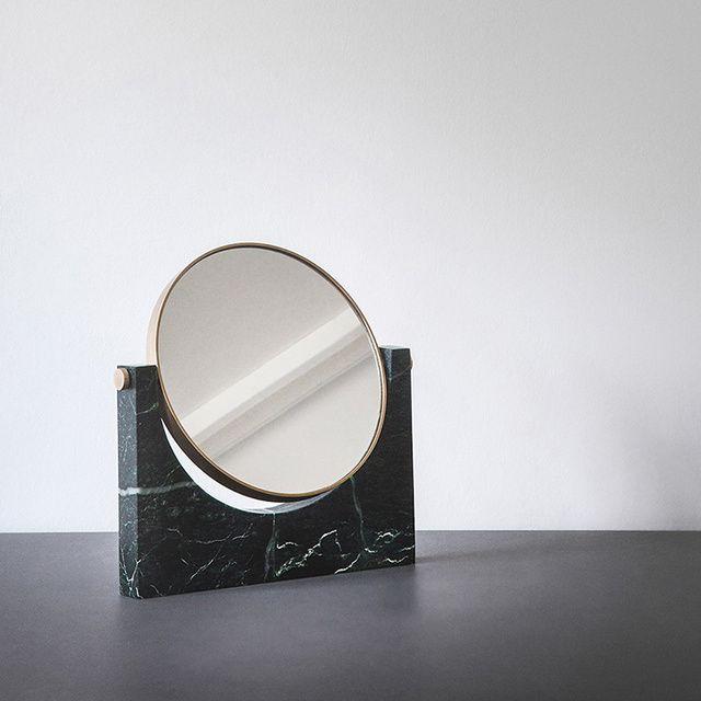 Le mobilier des decorateurs : Miroir Pepe, Studio Pepe (Menu)