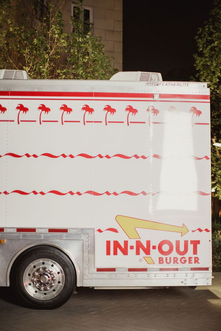 In-N-Out Burger Food Truck  Photography: Shaun Menary Photography Read More: http://www.insideweddings.com/weddings/traditional-jewish-ceremony-with-elegant-features-in-dallas-texas/1011/