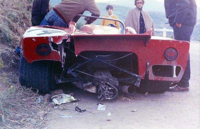 14 Alfa Romeo 33-3  Masten Gregory - Toine Hezemans (23).jpg