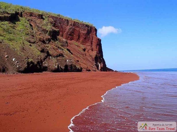 Nisipul Rosu din Rabida, Galapagos Nisipul rosu de la Rabida s-a format ca urmare a oxidarii depozitelor de lava bogate in fier.