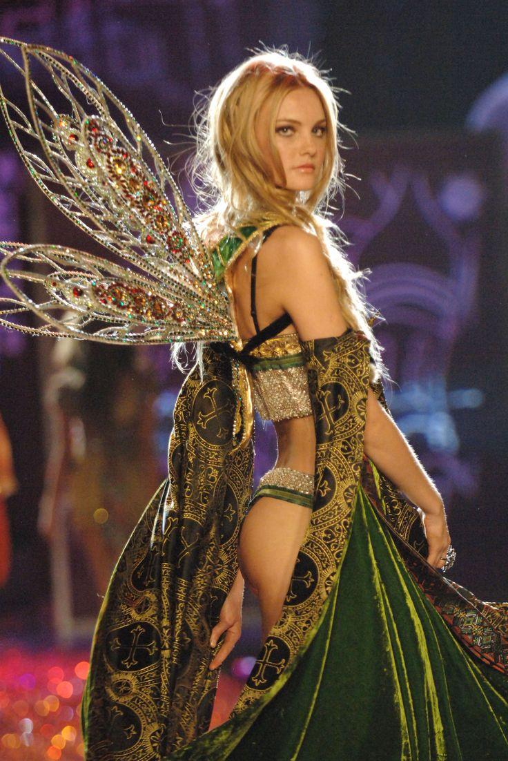 Spectrum Victoria Secret Fashion Show