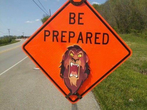 HAHAHAH! Thanks Scar!: The Roads, Laughing So Hard, Friday Funnies, Street Signs, Disney Villains, Funnies Friday, Pay Attention, The Lion King, Lion King Humor