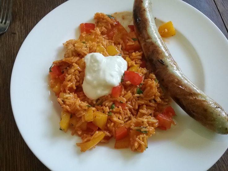 Paprika - Reispfanne mit Joghurtsauce, ein beliebtes Rezept aus der Kategorie Gemüse. Bewertungen: 308. Durchschnitt: Ø 4,5.