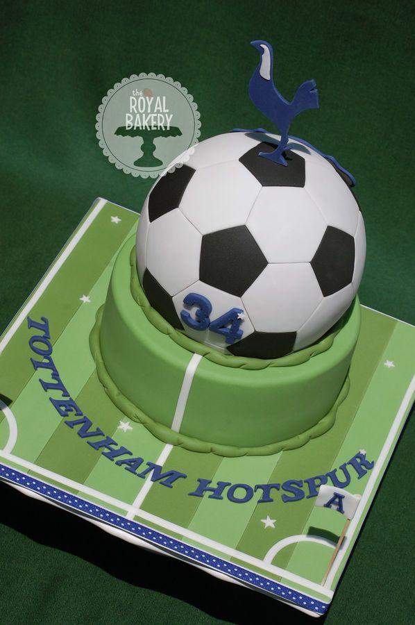 A Totteham Hotspur Themed Soccer Football Cake The Ball