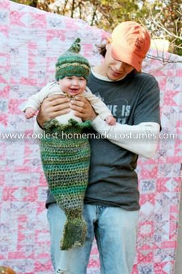 Homemade Baby Mermaid Costume... This website is the Pinterest of costumes