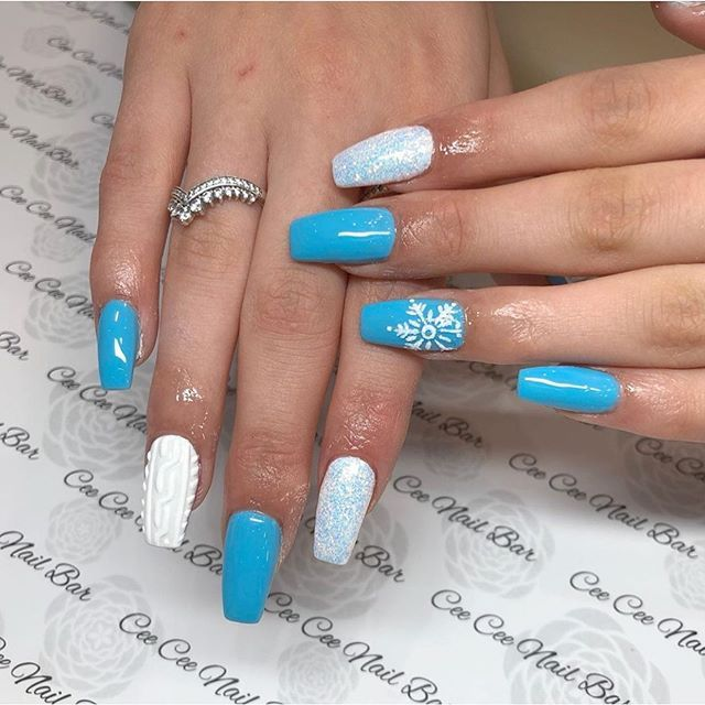 mismatched white blue christmas nails, festive nail designs