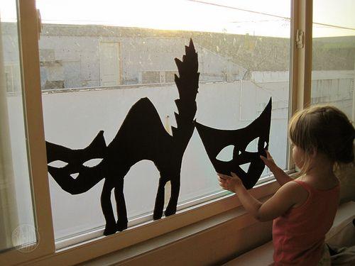 137 best spooky windows images on pinterest halloween crafts halloween decorating ideas and halloween ideas