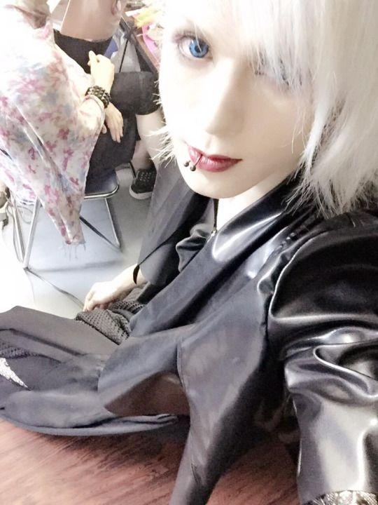 Itsuki: the Black Swan