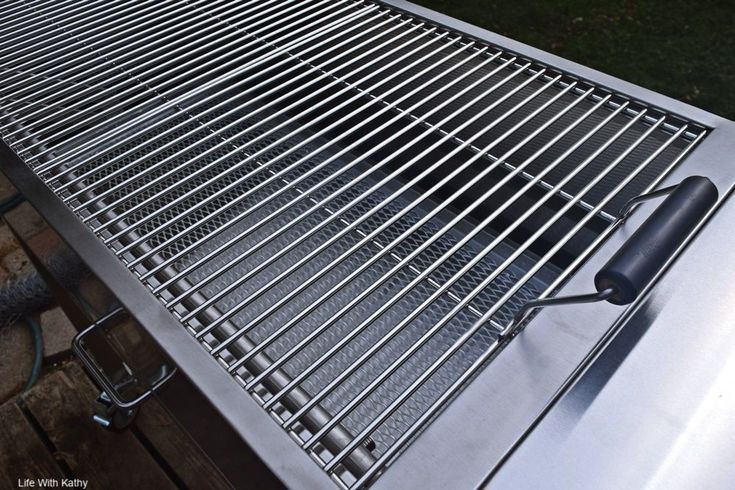 Grilling out with the ig charcoal bbq grill in 2020