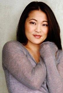 Suzy Nakamura got #theartisangroup #giftbag at #GBKGlobes13