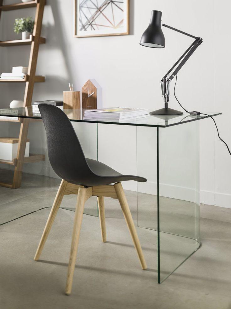 Um escritório prático e moderno
