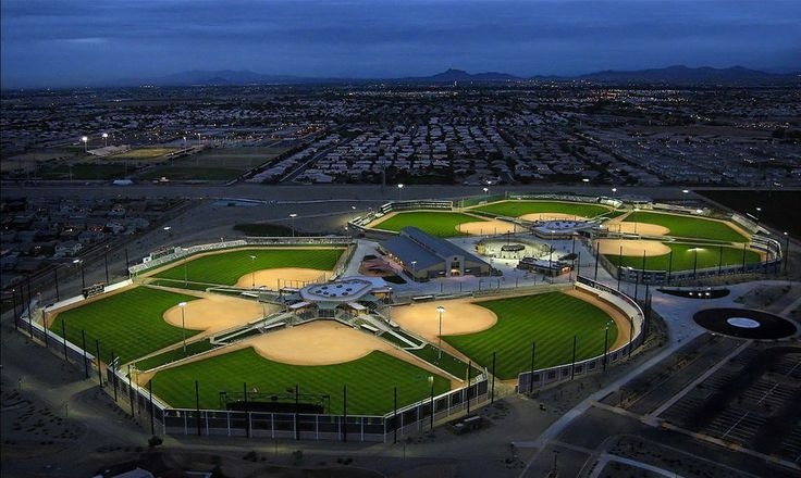 Big League Dreams Gilbert is a beautiful sports park located near Scottsdale and Phoenix, Arizona. The impressive complex features replica fields, a 20,000 sq. ft. indoor soccer pavilion, flag football fields, batting cages, and a Stadium Club restaurant. They host a variety of adult sports leagues including softball, soccer, and baseball. http://www.evergreenturf.com/arizona-sod-for-baseball-fields.php