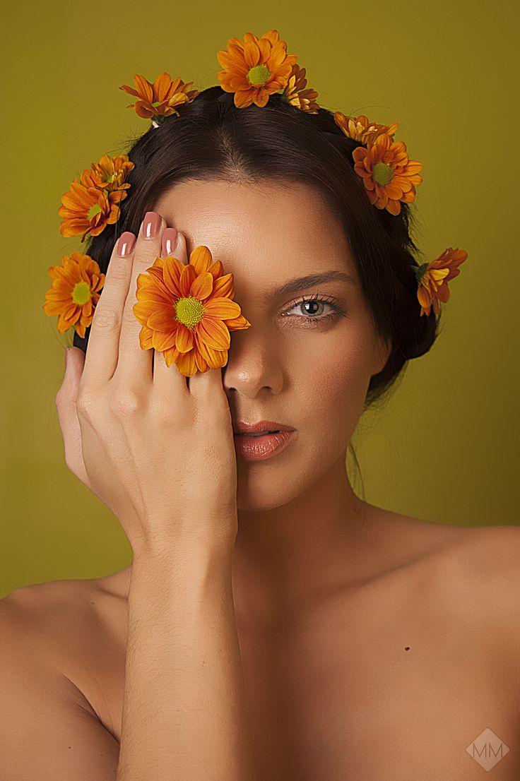 "''Flourish"" Part 1   Photography by Mandy Mennen Phototgraphy"